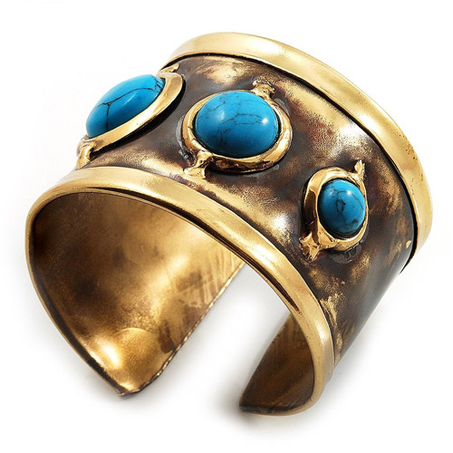 Top view asymmetrical brass cuff with turquoise stones